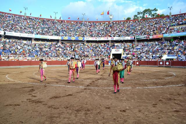 corridas de aficionados chicas de compañia venezuela