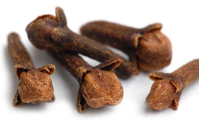 علاج سلس البول بالأعشاب