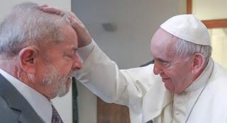 Papa Francisco encontra ex-presidente Lula no Vaticano