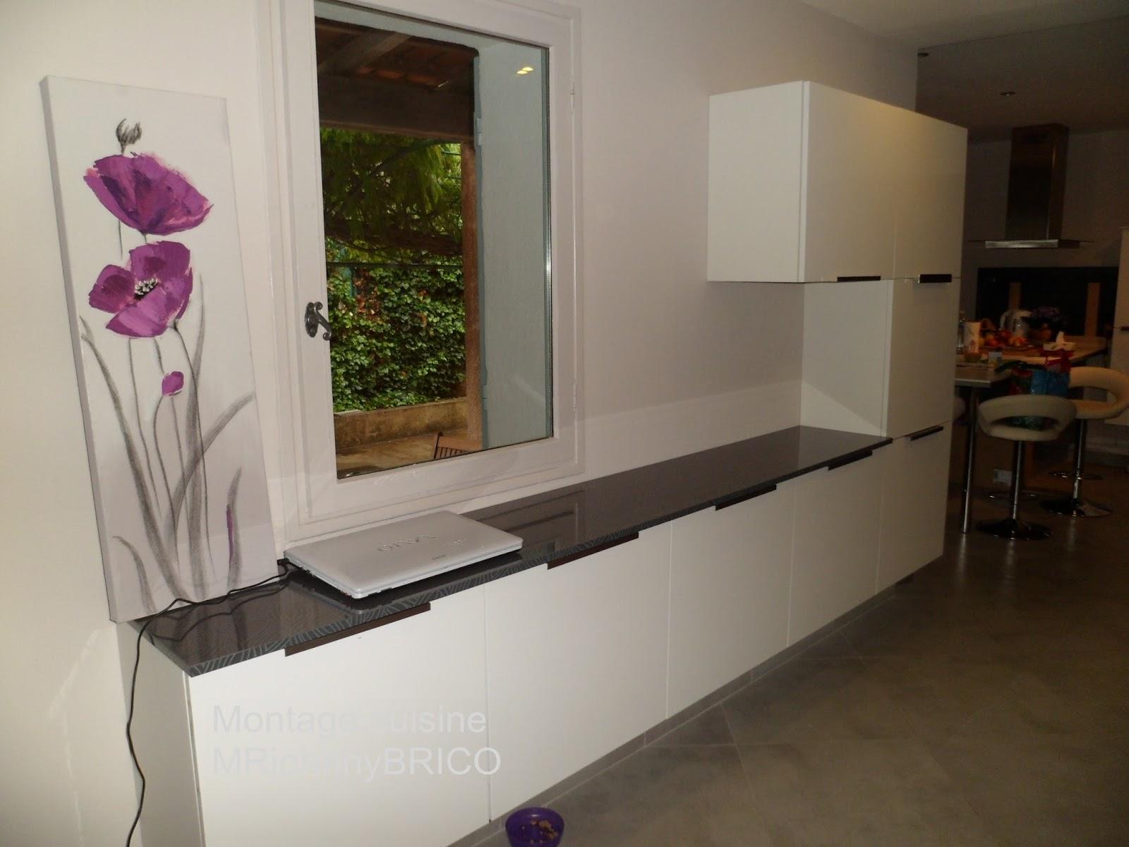 montage de meuble frejus assemblage de meubles en kit. Black Bedroom Furniture Sets. Home Design Ideas
