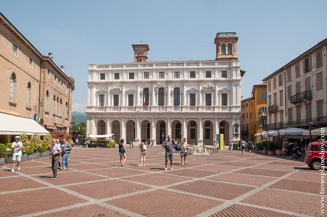 Palazzo Nuovo Bergamo viaje Italia