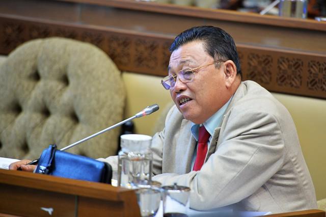 Komisi II Minta Segera Dilakukan Penggantian Komisioner KPU Bermasalah