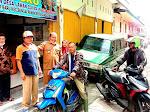 Kades Pasar Baru Mediasikan Pihak Keluarga Yang Gangguan Jiwa Dengan Pemilik Motor