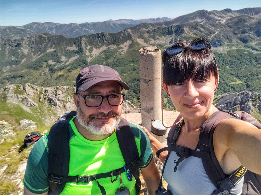 hiking asturias carlota y chuss