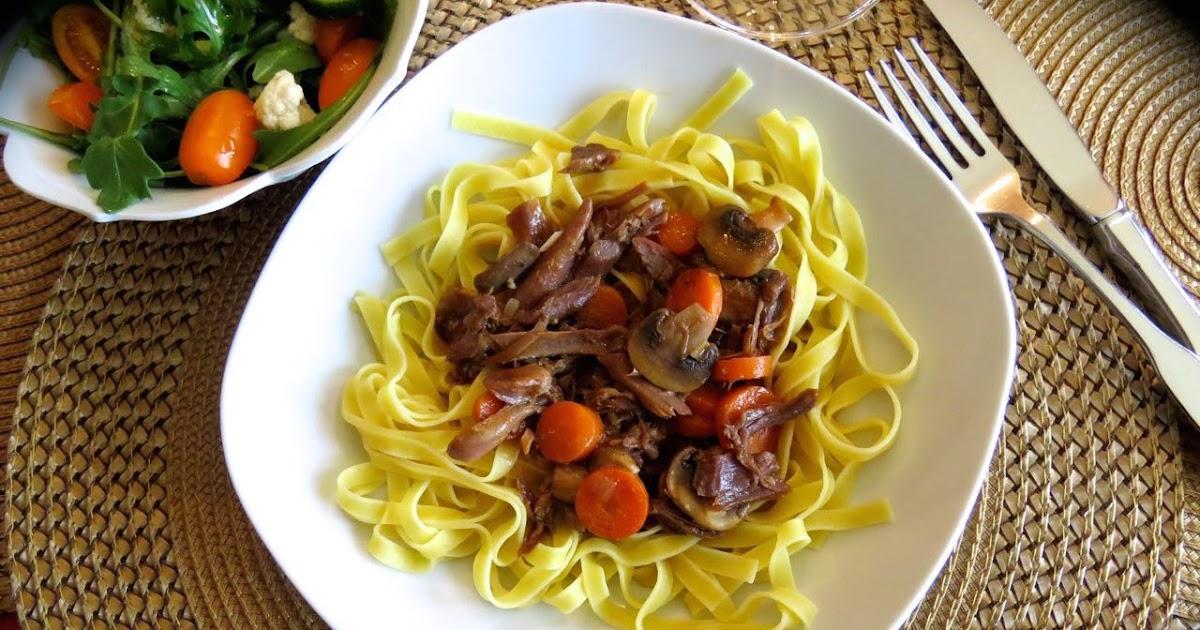 La cuisine de messidor cuisses de canard confites aux for La fontaine aux cuisines