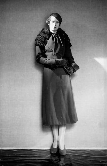 Elsa Schiaperelli 1930s fashion