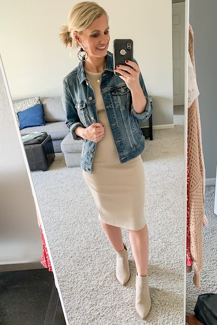 Real-Life Mom Outfit of the day round up for September
