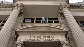La entidad que preside Federico Sturzenegger decidió endurecer la política monetaria