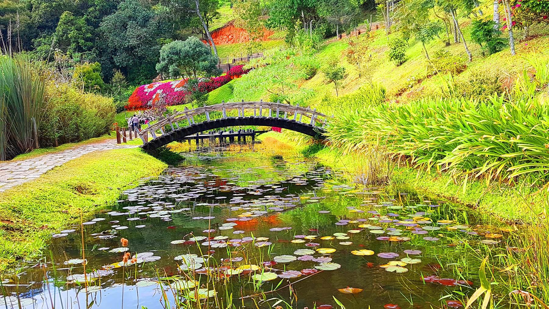Lago das Pontes, Parque Amantikir, Campos do Jordão.