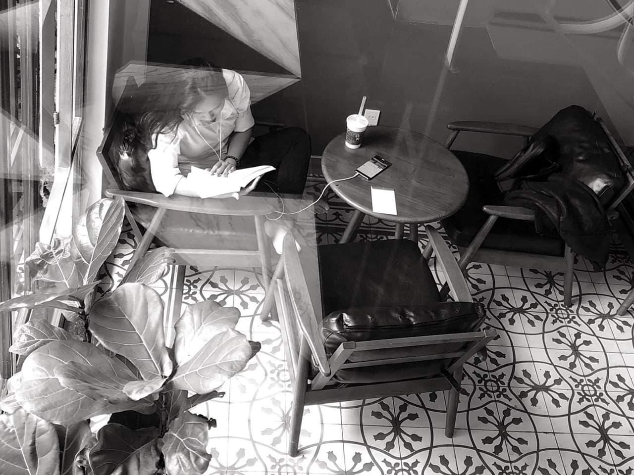Check-in ngay quán café phong cách Tây khiến giới trẻ Gia Lai chụp hình mỏi tay!