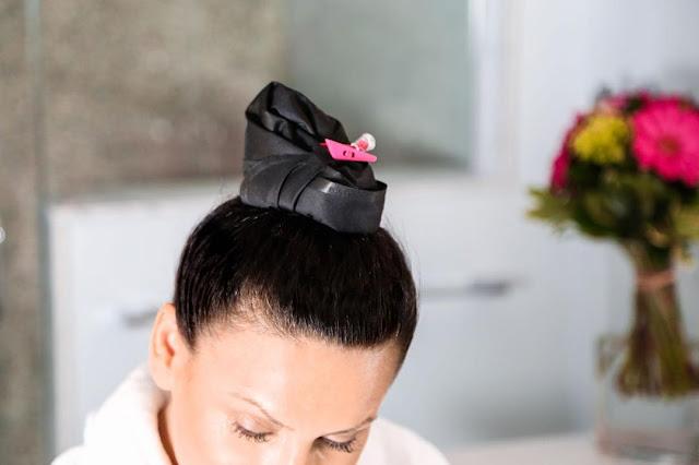 O Pony Dry, uma espécie de touca que você coloca só no comprimento dos fios – e que te permite lavar apenas o couro cabeludo.