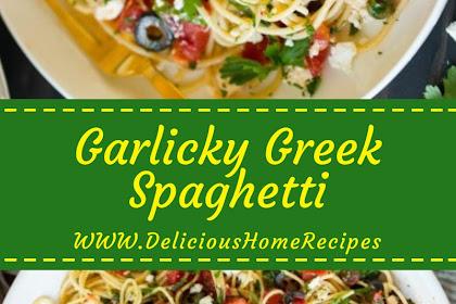 Garlicky Greek Spaghetti #christmas #spaghetti