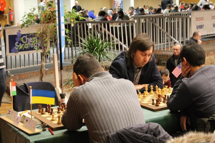 Le grand-maître d'échecs américain Gata Kamsky lors de la première ronde de l'Open de Cappelle 2016 - Photo © Chess & Strategy