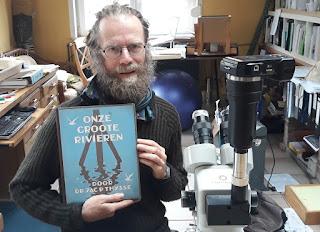 Winnaar 'Onze groote rivieren' van de Hydrotheek facebook actie '#Like en #win een boek!'