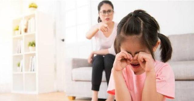 Jenis Kekerasan Verbal Yang Harus Dihindari Saat Mendidik Anak