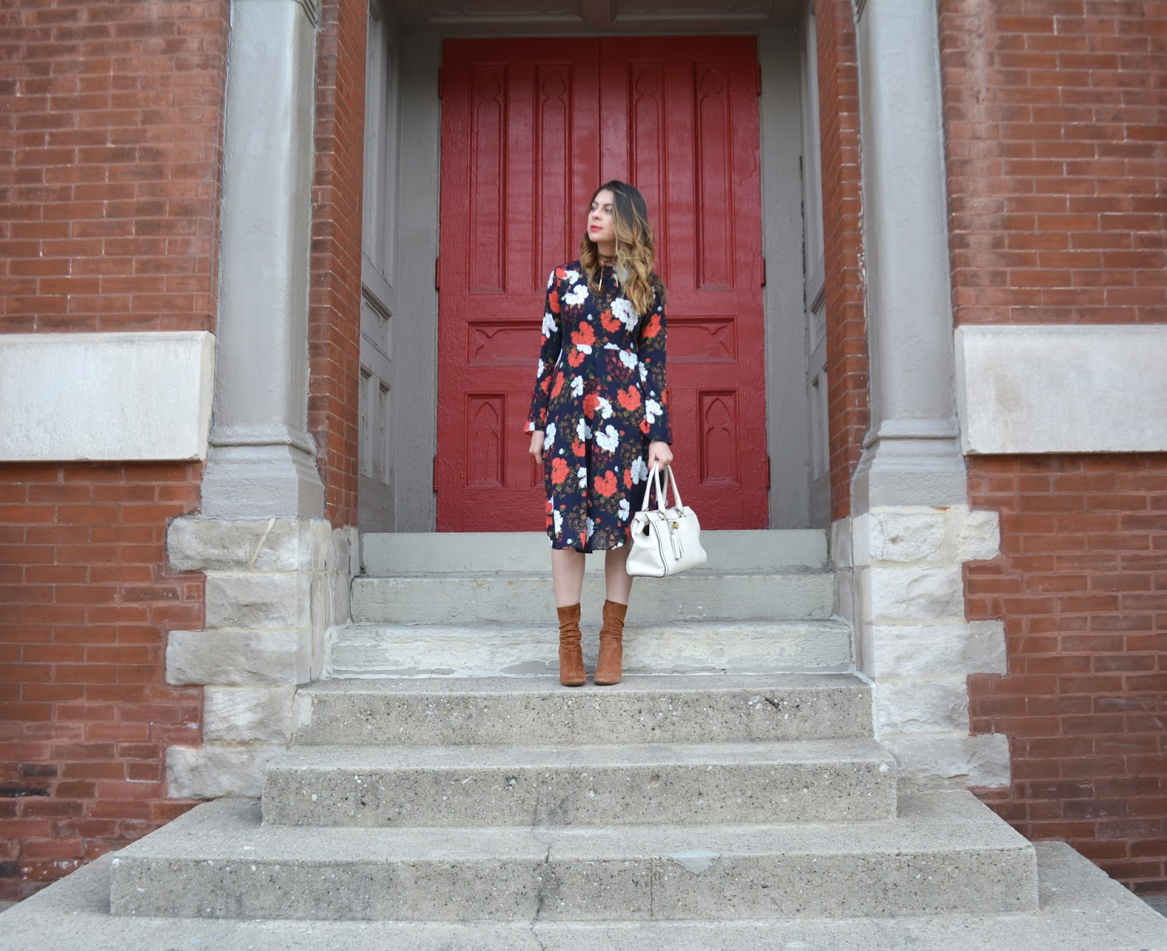 Red Floral-print Crew Neck A-line Long Sleeve Midi Dress, JIANSHAN, StyleWe Crew Neck A-line Long Sleeve Midi Dress, Red Floral-print Crew Neck A-line Long Sleeve Midi Dress, StyleWeRed Floral-print Crew Neck A-line Long Sleeve Midi Dress, StyleWe foral midi dress, vestido midi de StyleWe, vestido midi floral, winter florals, dark florals, estampado floral para el invierno, retro winter florals, StyleWe, Desiree Velasquez, Fashionlingual, Chicago fashion blogger, Chicago style blogger, Chicago streetstyle, Chicago blogger, bloguera de moda de Chicago, bloguera de moda, bloguera de moda latina, Latina fashion blogger, Zara suede midi boots, suede midi boots, brown suede midi boots, botines de ante de Zara, botines de Zara, botines midi, Coach Legacy satchel, white Legacy satchel from Coach, winter style, winter fashion, estilo invierno, moda del invierno, suede choker, Zaful suede choker, Zaful choker, balayage by MixedCo Salon,