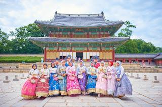 Gyeongbok Palace + Wearing Hanbok Cheria Holiday