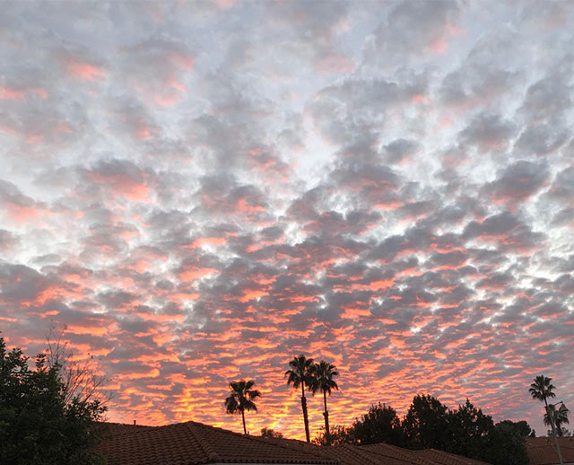 Clouds and sunset can go together in iPhone image (Source: Palmia Observatory)