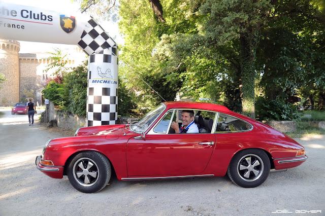 Red Porsche 912