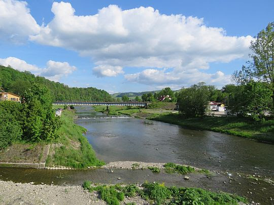 Rzeka Mszanka i dopływający potok Słomka.