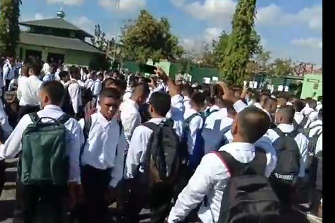 Pendaftaran TNI di Bone  Tiba-Tiba Dibatalkan, Ratusan Casis Kecewa