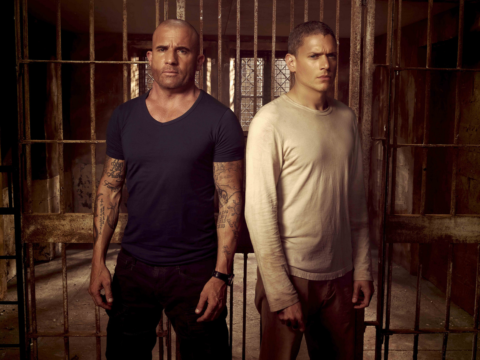 Wentworth Miller (Michael Scofield) y Dominic Purcell (Lincoln Burrows) en Prison Break