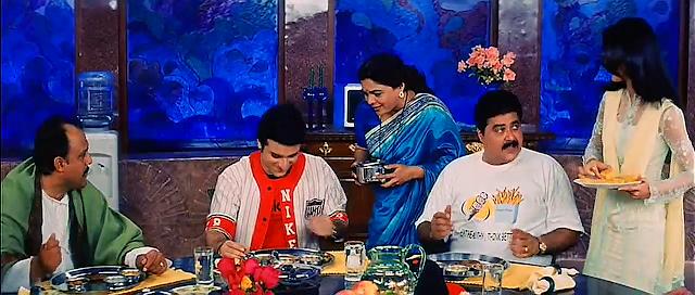 Hum Saath Saath Hain 1999 Full Movie Free Download And Watch Online In HD brrip bluray dvdrip 300mb 700mb 1gb