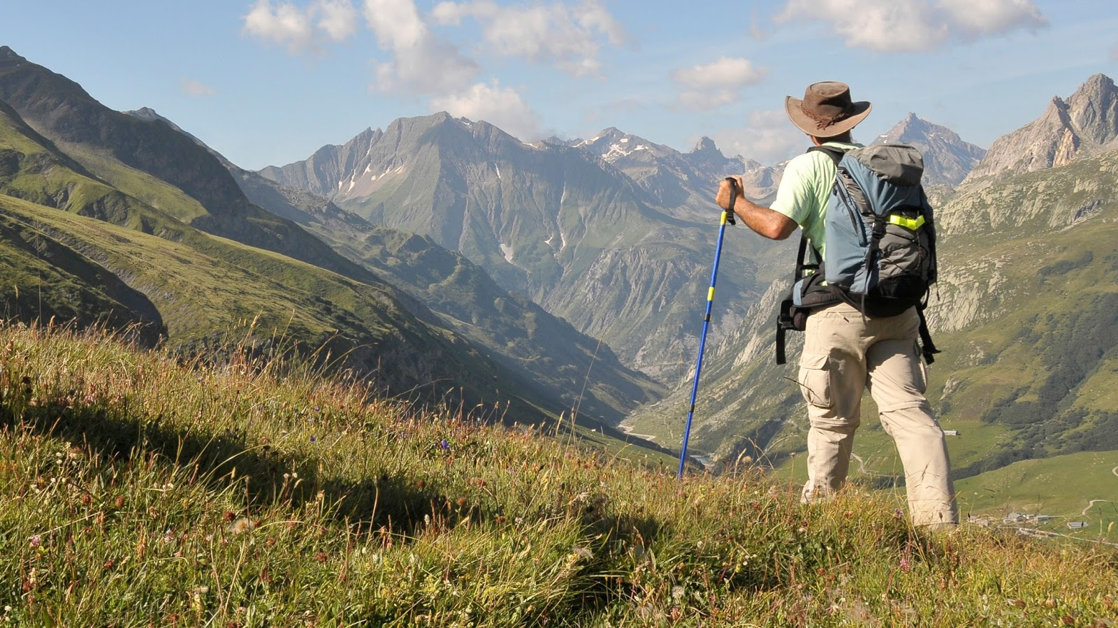 Border Hiking