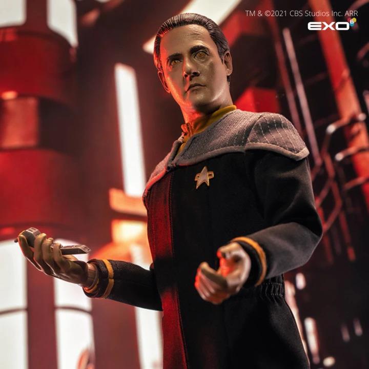 Teniente Comandante Data