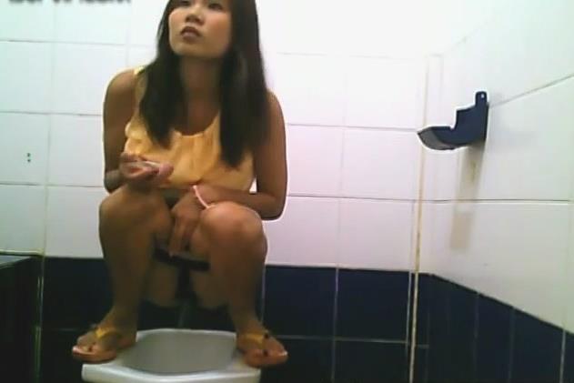 image Thailand student toilet hidden cam vip 02