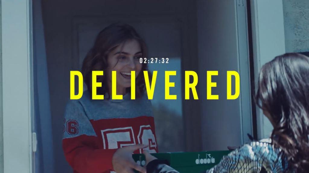modella diadora spot delivery bright consegna gratis testimonial pubblicita 2016