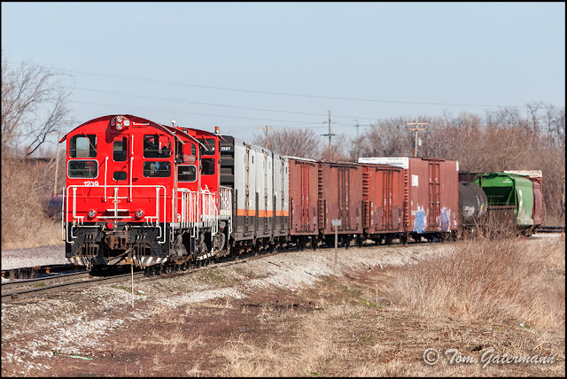 TRRA 1239 Switching in Madison Yard at Brooklyn, IL.