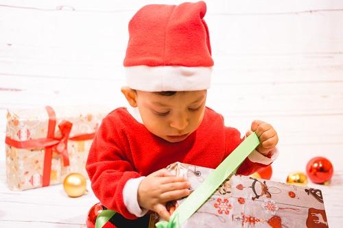 ideas-para-hacer-fotos-de-navidad-a-niños