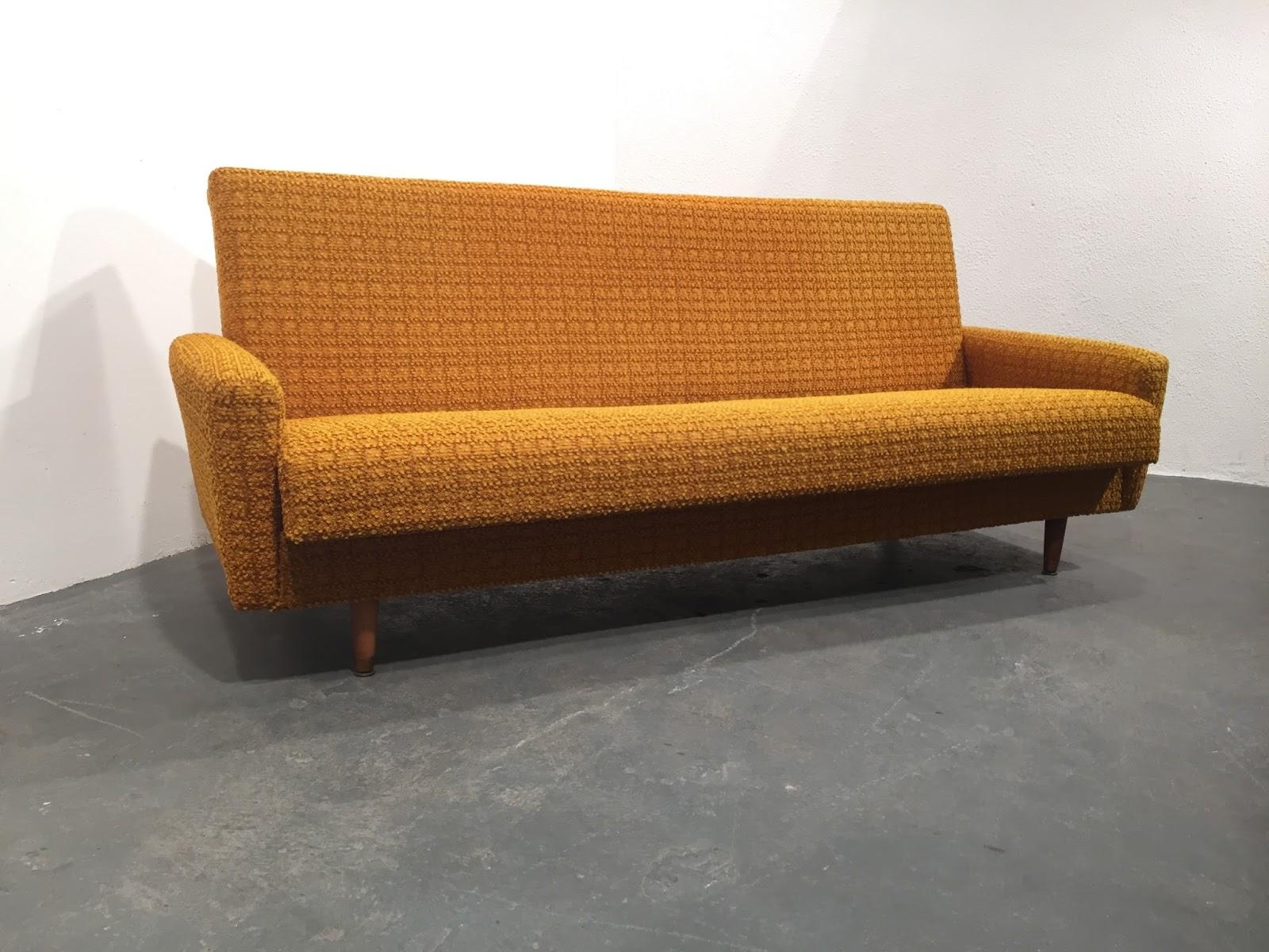 Original Compulsive Design Mid Century Sofabed