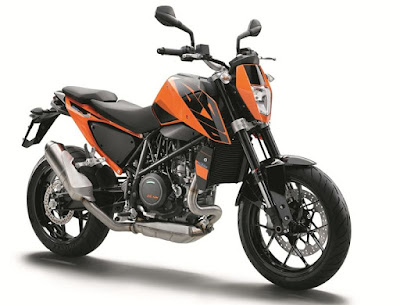 New KTM 690 right side view Hd Picture