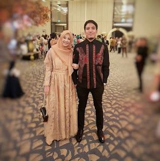 Model-Baju-Gamis-Batik-Couple-Modern