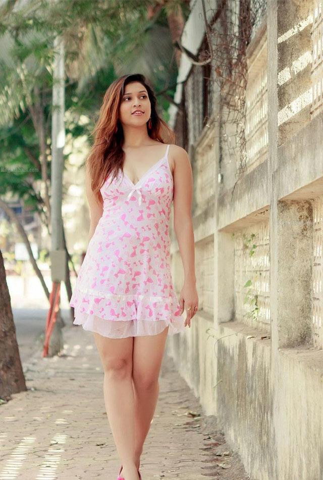 Parineeti Chopra Wallpaper 3d Celebrities Galaxy Barbie Handa