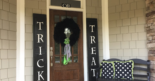 Trick or Treat! Shutter Signs and Feather Boa Wreath