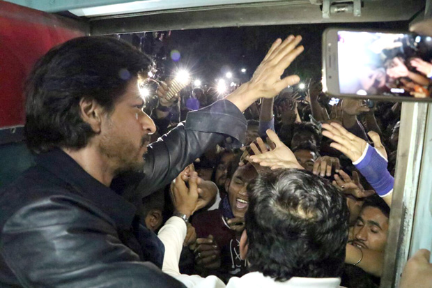 One person died when fans mobbed Bollywood superstar Shah Rukh Khan's train