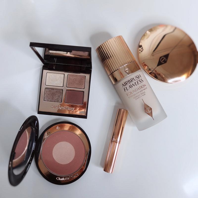 Charlotte Tilbury Exagger-Eyes makeup look