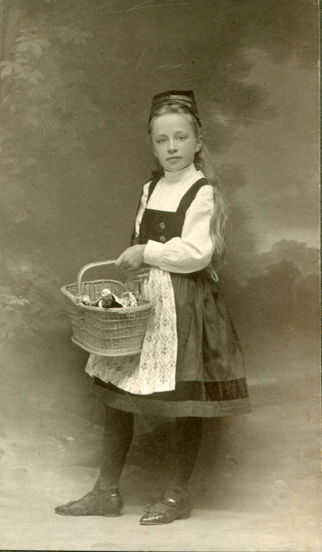 Schlankes Deutsches Girl Teen - jetztfickmich&period