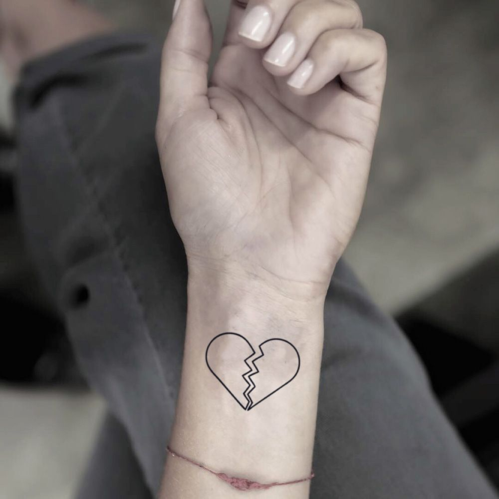 Corazón roto tattoo