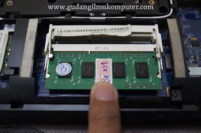 Cara Upgrade RAM Laptop Dengan Mudah Dilengkapi Dengan Gambar
