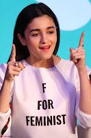 Alia Bhatt looks super cute in T Shirt   IMG 7825.JPG