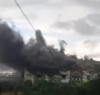 Asrama Putra Pesantren Mustafawiyah Purba Baru Terbakar