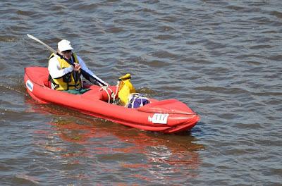 Des sacs à dos créés à partir de kayaks usagés ?