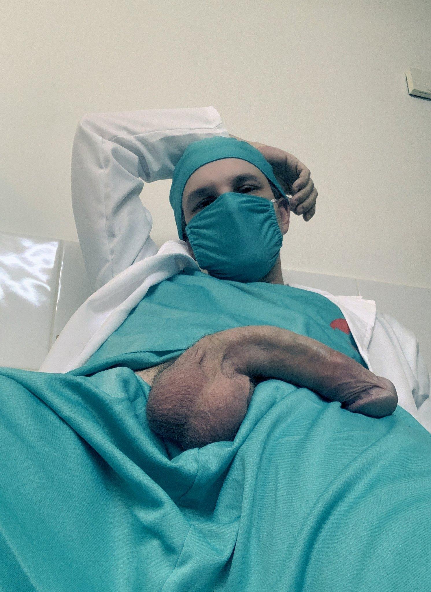 enfermero caliente y vergudo