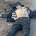 Sicarios del Cártel del Tigre ultrajan a policía que ejecutaron tras quemar Comandancia en Chihuahua y pecho al cielo le marca Cártel del Tigre