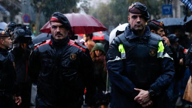 El Gobierno español asumirá el mando de la Policía catalana