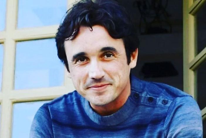 Ator Caio Junqueira